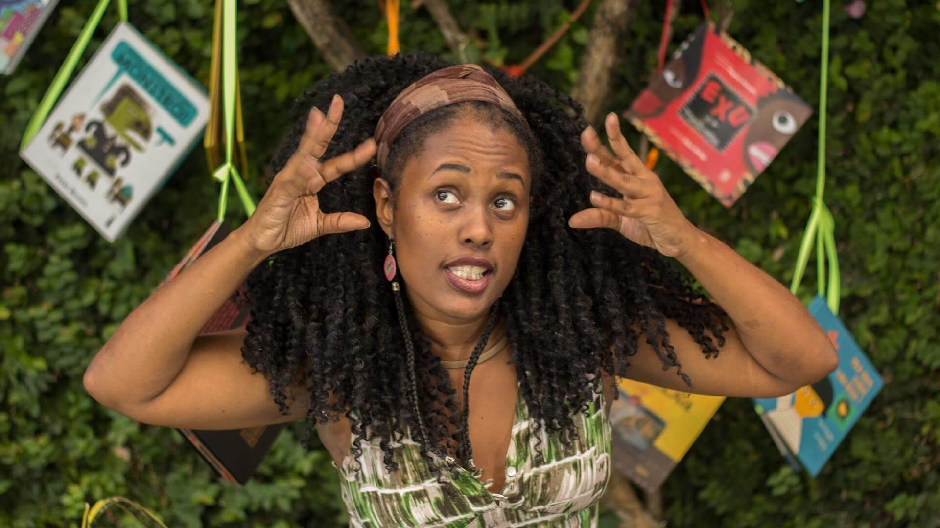 Orixás Para Crianças   A educadora, mãe e autora de A Festa da Cabeça Kemla Baptista foi matéria no UOL Ecoa e fala sobre seus projetos e missões para a valorização da...